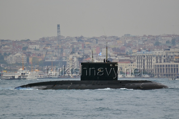 Russian submarine Alrosa passing through Bosphorus on 19 September 2012.