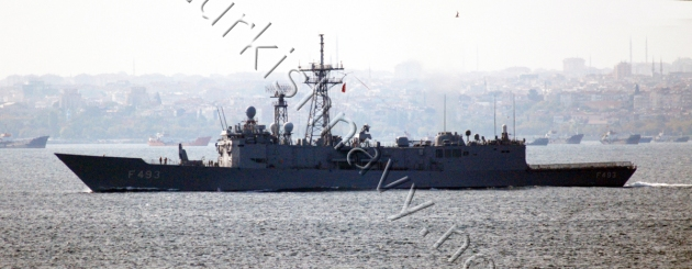 Turkish frigate TCG Gelibolu in Marmara Sea. 14 September 2008