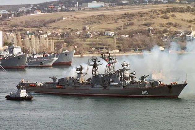 Russian destroyer Smetliviy in Sevastopol.  Photo blackseafleet-21.com via blackseanews.net