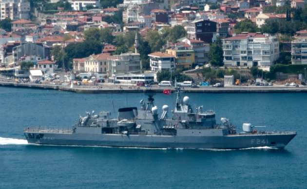 F-241 TCG Turgutreis passing through the Bosphorus to join the BLACKSEAFOR task force. Photo Kerim Bozkurt. Used with permission.