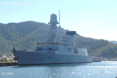 The French destroyer D-621 Chevalier Paul in Marmaris. Photo: DHA via haberler.com