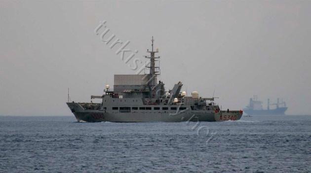 A-5340 ITS Elettra leaving the Bosphorus.