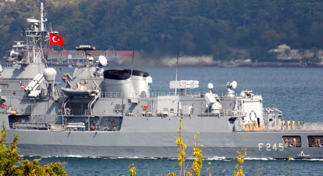 Turquia: 14 navios da Marinha turca desapareceram