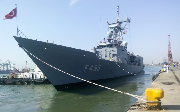 TCG GEdiz in Chennai port. Photo: http://chinditsdefence.blogspot.com.tr/