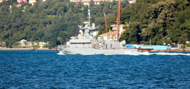 Greek attack craft HS Danilos on her way to Constanta to take part in Sea Shield 2015 naval exercise. Photo: Saadettin Irmakçı. Used with permission.