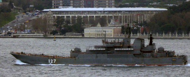 Ropucha class landing ship Minsk heading to Syria. Photo: Alper Böler.